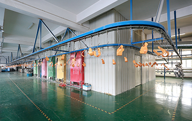Focusway is equipped with an automatic production line for powder-coating also can handles with kinds of surface treatment according to customers